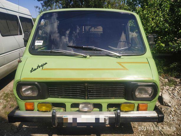 Микроавтобус Раф. 1990 г.в
