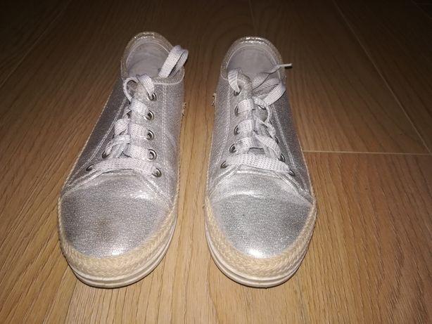 OKAZJA! Błyszczące buty rozmiar 37 JENNY FAIRY