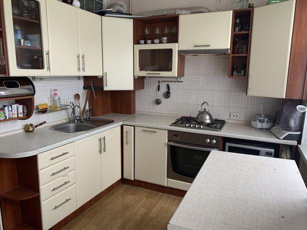 Продам 3-комнатную квартиру по улице Гаек с автономным отоплением!