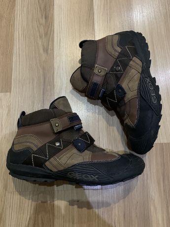 Ботинки  Geox 37 р