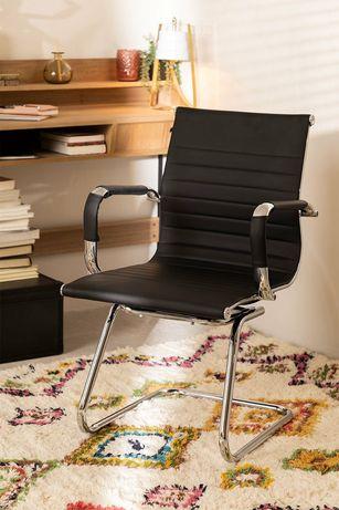 Cadeira para show -room ou sala/escritório