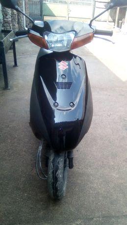 Продам скутер Сузуки