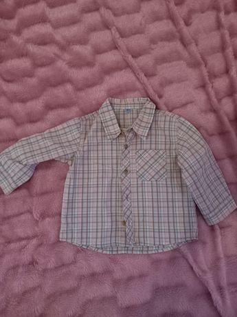 Продам рубашку на мальчика рост  92 см.