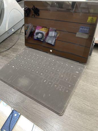 Surface RT . Totalmente funcional