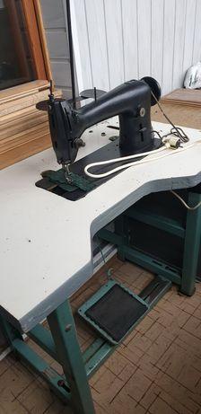 Швейная машинка 22 класса со столом