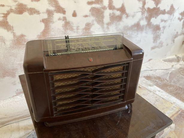 Radio lampowe Philips 462 A-15