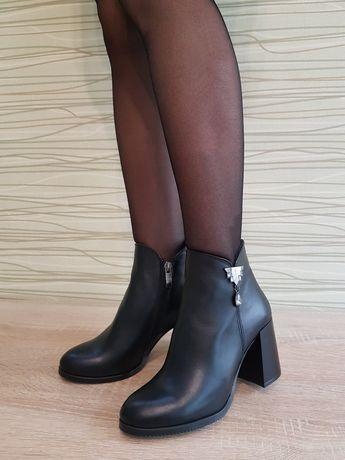 Ботинки 35,36 размер