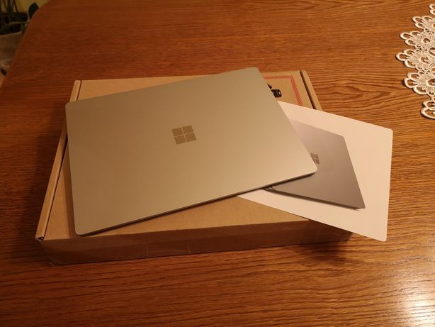 Laptop Microsoft Surface 3 model 1867