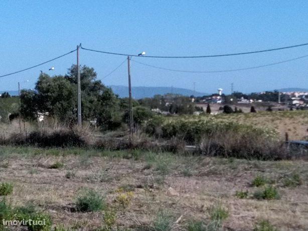 Quinta 6.8 Ha - Monte de Caparica
