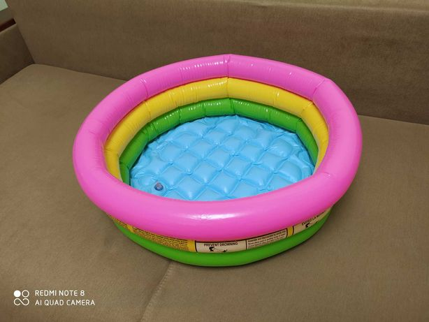 Надувний басейн дитячий Intex