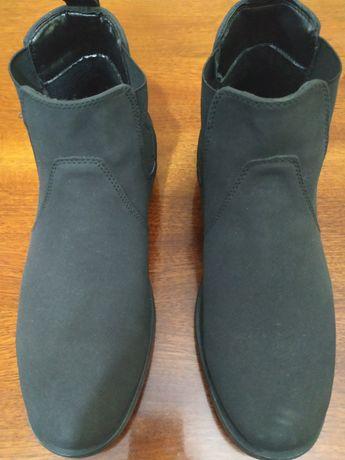 Ботинки  челси новые