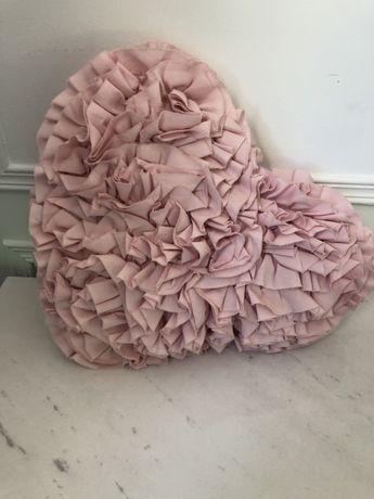 Ozdobne poduszki do pokoju 2 sztuki