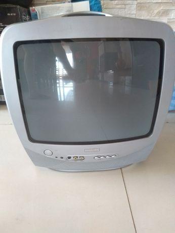 Telewizor Philips na działeczkę