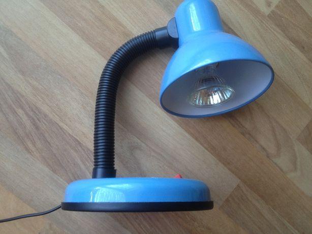 Лампа настольная на гибкой ножке удобная рабочая