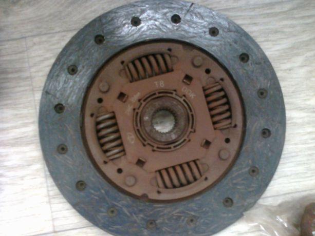 Сцепление (диск, вилка, гайки) ланос