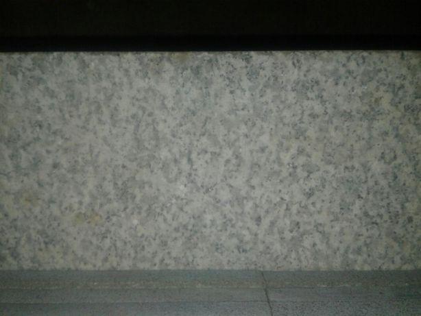 Granit płytki  kamień stopnie