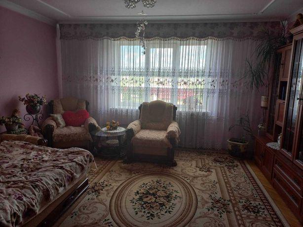 Терміново продається 3 кімнатна квартира на Шевченка