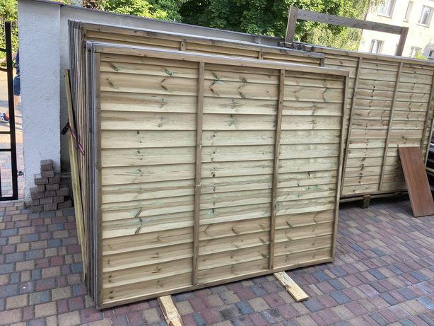 Płot szczelny drewniany 182x150x4 cm