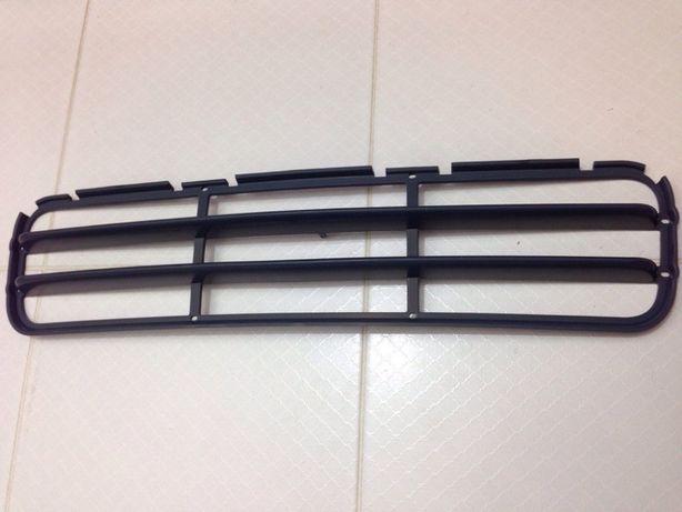 Решётка (лезвия,гриль) переднего М бампера для BMW E36 51 11 2 233 869