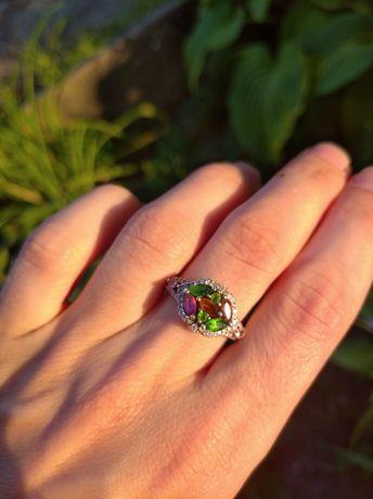 Шикарное серебряное кольцо с турмалином 17 р