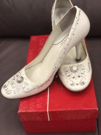 Туфли свадебные, белые кожа