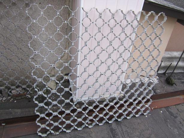 Продам декоративную силуминовую решетку 1,2 на 1,3 м