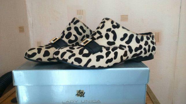 Продаётся обувь