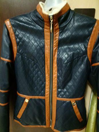 Продам куртку из кожзама