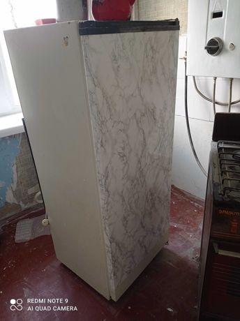 Продам холодильник Донбас