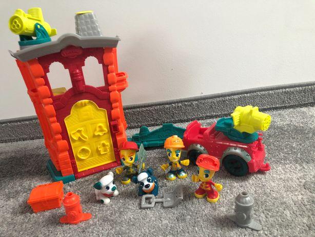 Play doh (3 zestawy) Remiza strażacka, Wóz strażacki, Roboty drogowe.