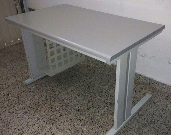 Secretaria estrutura metalica