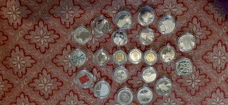 Продаю юбилейные монеты Украины.