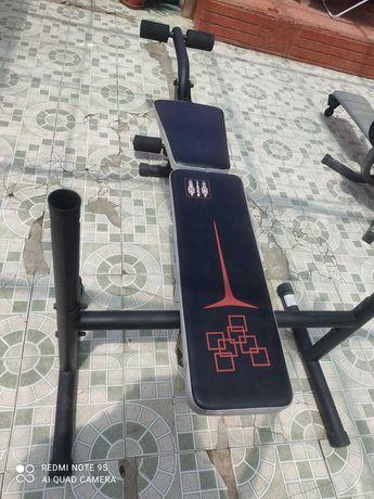 máquina de musculação