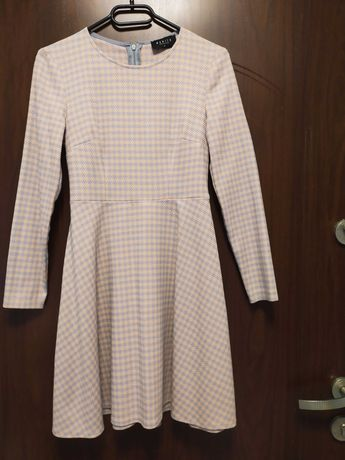 Sukienka Mohito r. 32