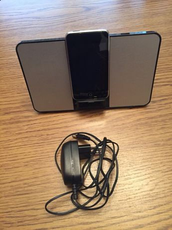 Stacja dokująca do iPoda iWantit, baterie + kabel