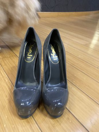 Туфли Yves Saint Laurent оригигал размер 37,5
