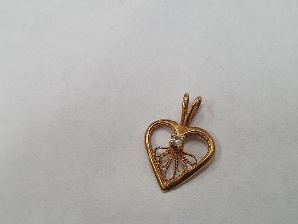 Piękny złoty wisiorek damski/ Serce/ Cyrkonia/ 1.23 gram/ 585/ Gdynia