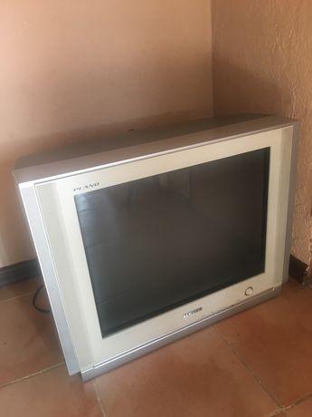 Телевізор Samsung віддам