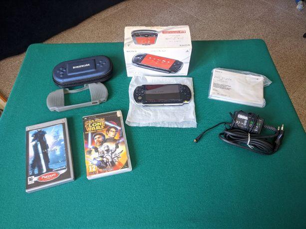 PlayStation Portable/PSP Slim CFW + 8GB + Jogos + Acessórios