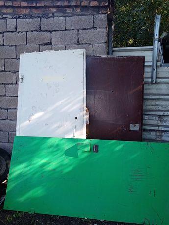 уголки трубы двери