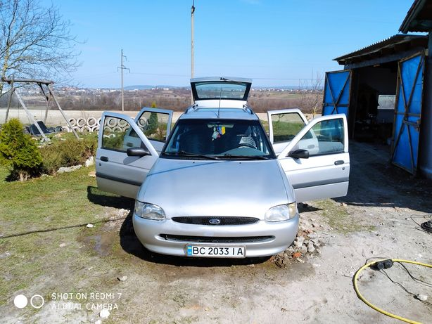 Продам обміняю ford Escort