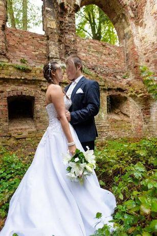 Suknia ślubna Agnes biała rozmiar 38