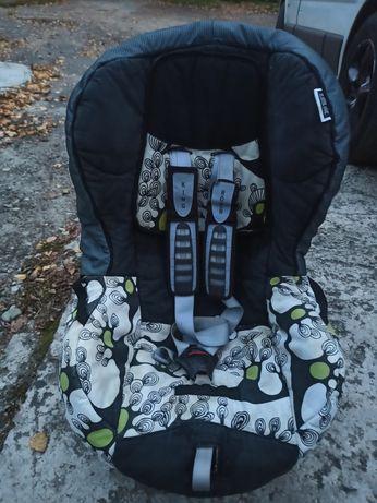 Дитяче автокрісло Romer King (9-18 кг)