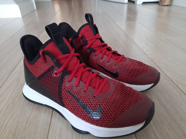 Buty do koszykówki Nike LeBron Witness 4 red (IV)