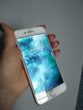 Продається iPhone 8 64 gb Gold