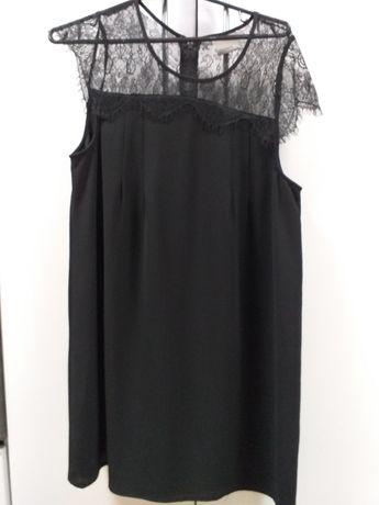 Czarna sukienka z koronka