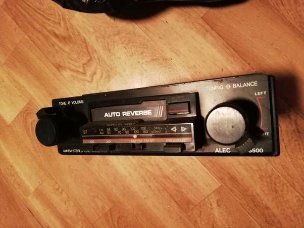 Auto rádio com colunas e caixa para 10 CD's