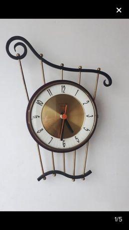 BAIXA! Antiguidade. Relógio de parede, marca Vedette, França Década 60