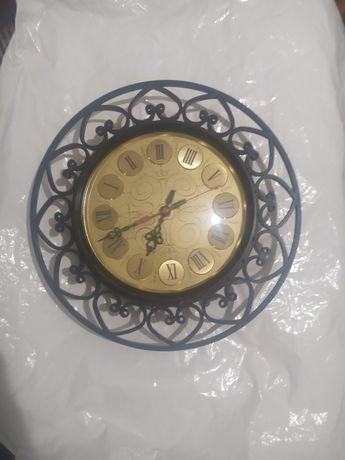 Часы настенные металл