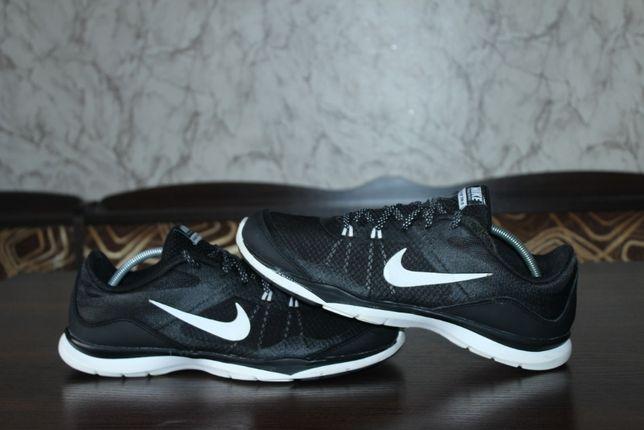 Кроссовки Nike Flex TR 5